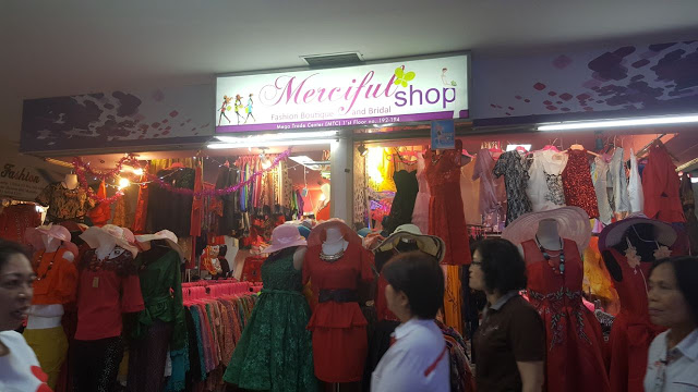 Mengesankan...!!! MERCIFUL FASHION Ratunya Modis Manado
