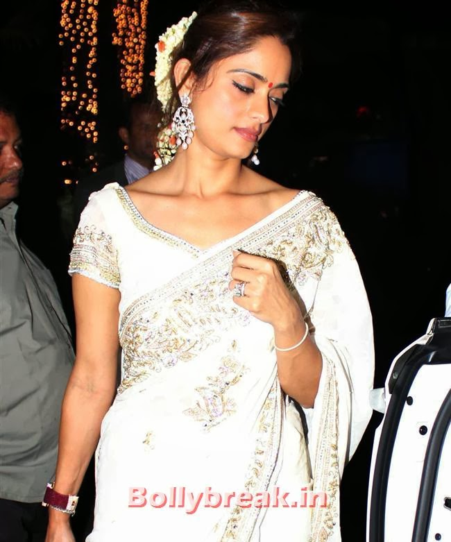 , Sameera Reddy Wedding Pics - Full Set