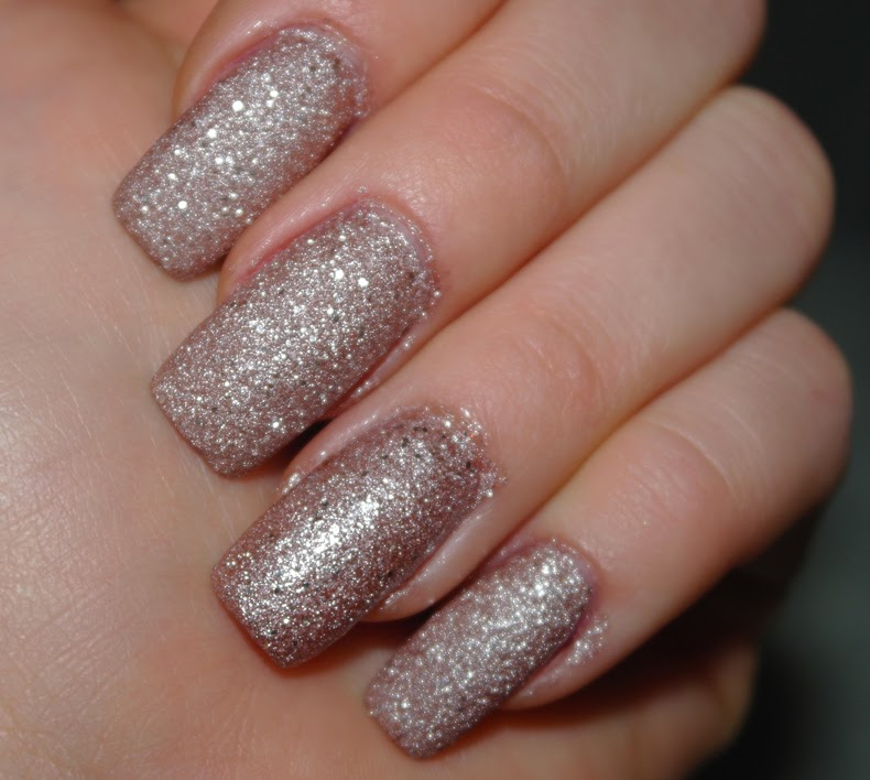 OPI Mariah Carey Winter Holiday Collection Silent Stars Go By Liquid Sand Nailpolish