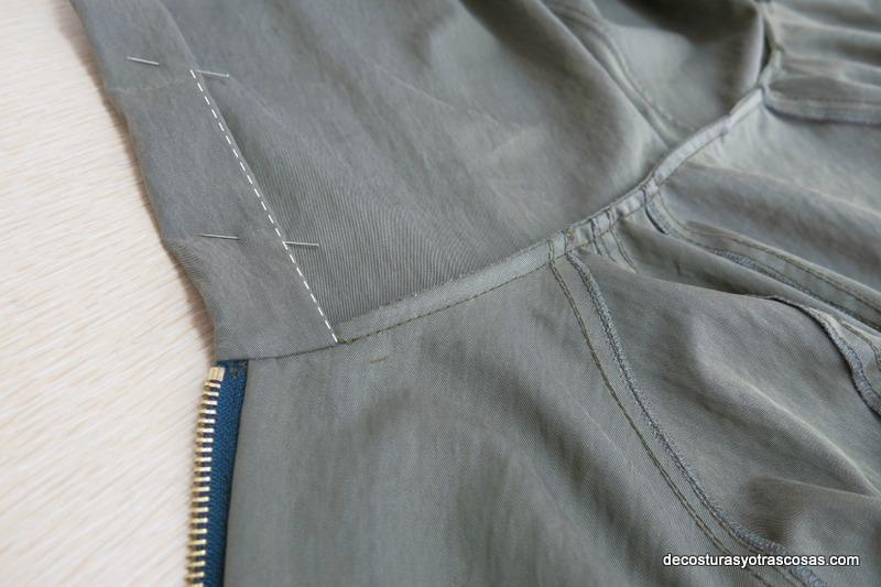 chaqueta de entretiempo con capucha