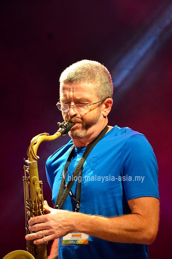 Diana Lui Saxophonist