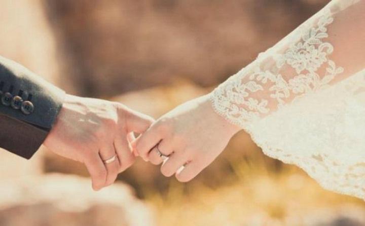 Tuntunan Islam Bila Suami-Istri Berpisah atau Saling Berjauhan