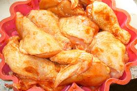 курица подготовленная для запекания в духовке
