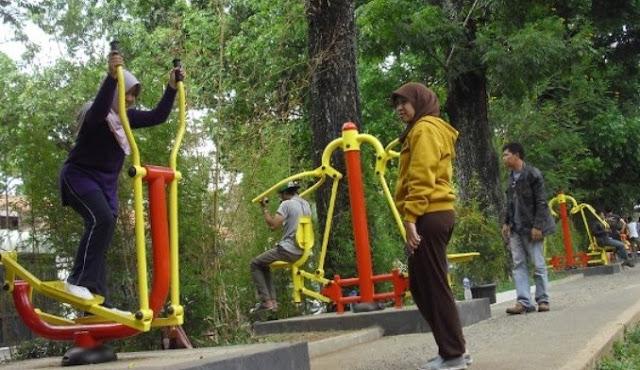 Taman Fitnes Bandung