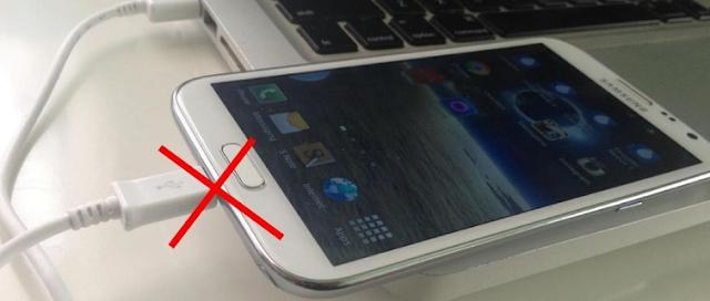 10 Hal yang Tidak Boleh diLakukan Saat MenCharger Smartphone