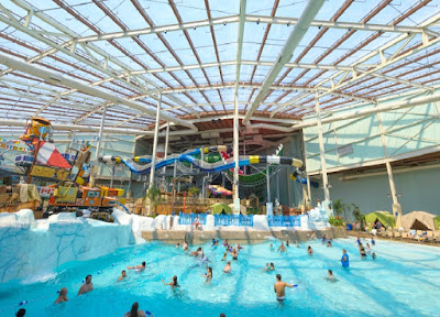 Camelback Lodge & Aquatopia Indoor Waterpark in Tannersville, Poconos Pennsylvania
