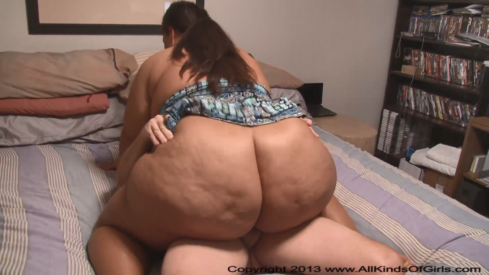 2 bbws and what the teacher did lesbian 6