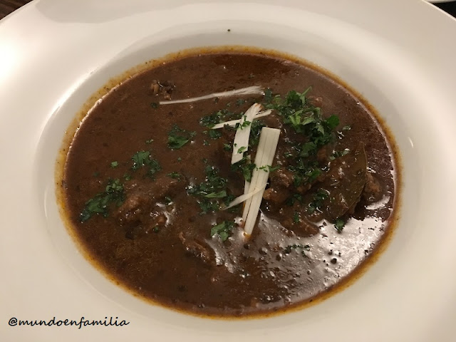 Angus Beef Goulash (Restaurante U Magistra Kelly)