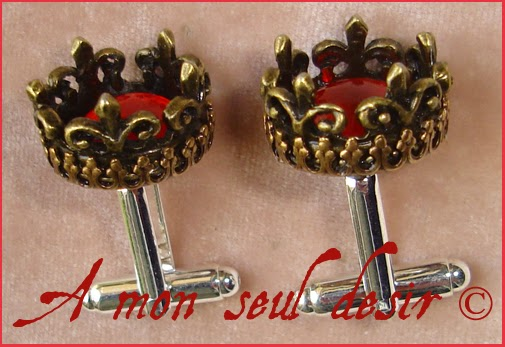 Boutons de manchettes bronze couronne rouge roi reine bijoux antique gold king queen jewelery hand cuff Red Ruby King
