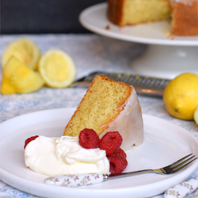 How to make a Lemon Drizzle Cake a little healthier with the use of olive oil