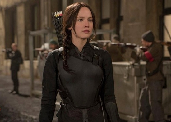 kostum tokoh film the hunger games: mockingjay part 2 - 3