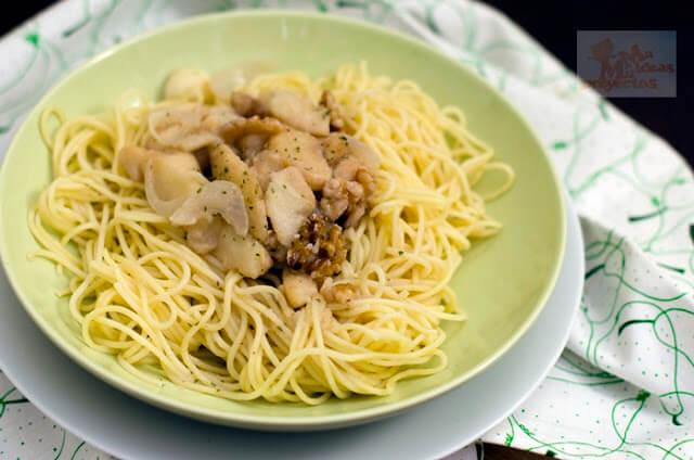 espaguetis-salsa-nueces-peras1