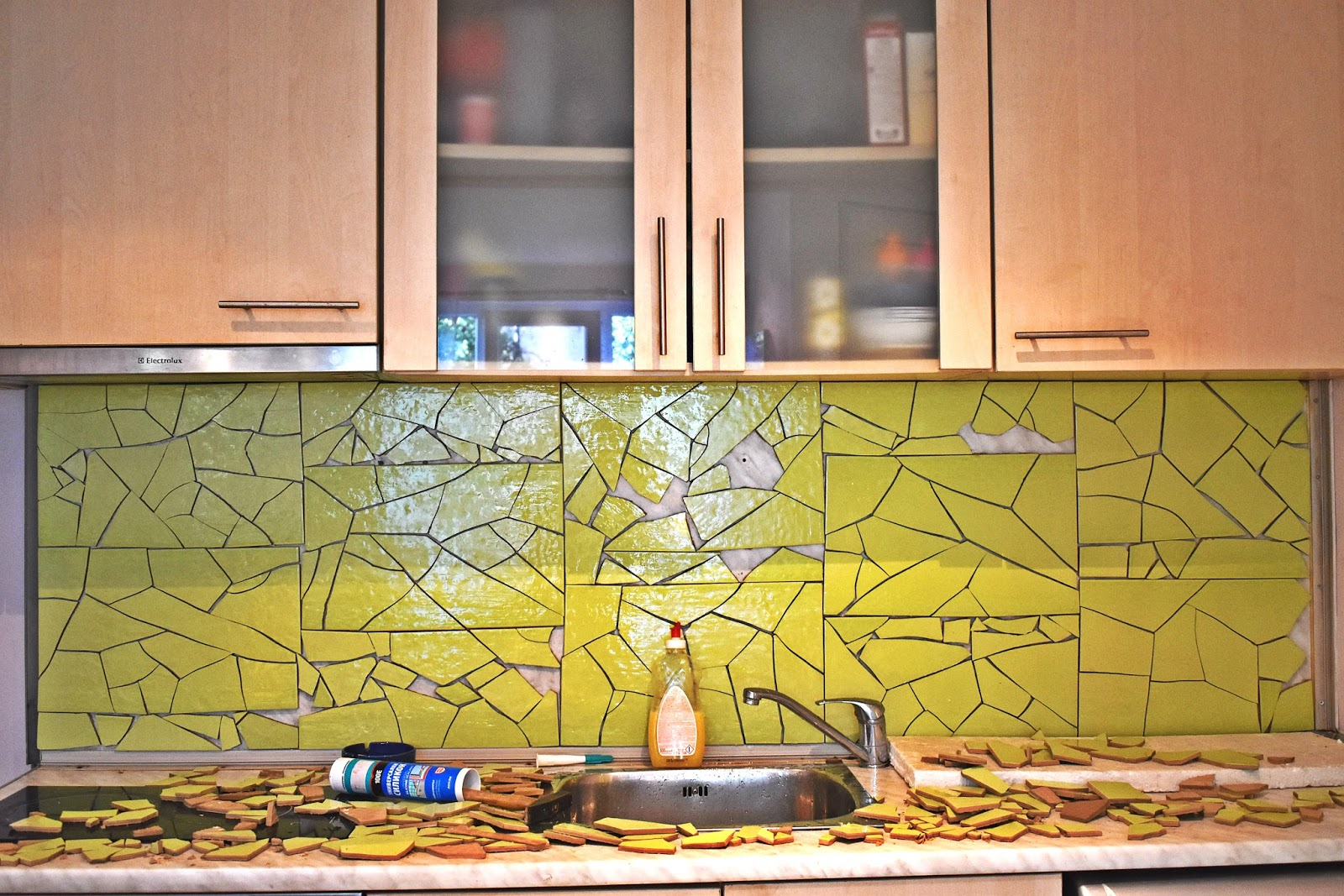 The epic diy project gaudi inspired kitchen backsplash for Epic diy projects