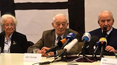 Un gardien d'Auschwitz demande pardon pour son passé