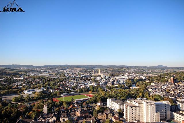 Blick vom Kalsmunt auf die Stadt und Forum Wetzlar Dom und Altstadt