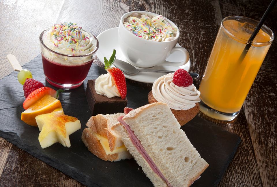 10 Places you can book Children's Afternoon Tea in North East England - Black Horse Beamish