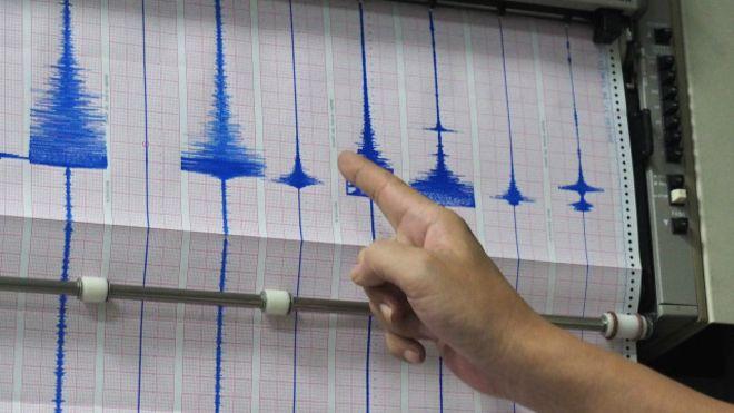Mari Berdo'a, Sumatera Barat Diguncang Gempa 6,5 Skala Richter!