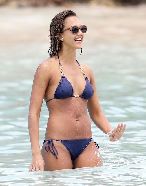 jessica alba hot in bikini in the caribbean april 2015 8 - Jessica Alba Hot Bikini Images-60 Most Sexiest HD Photos of Fantastic Four fame Seduces Us Atmost