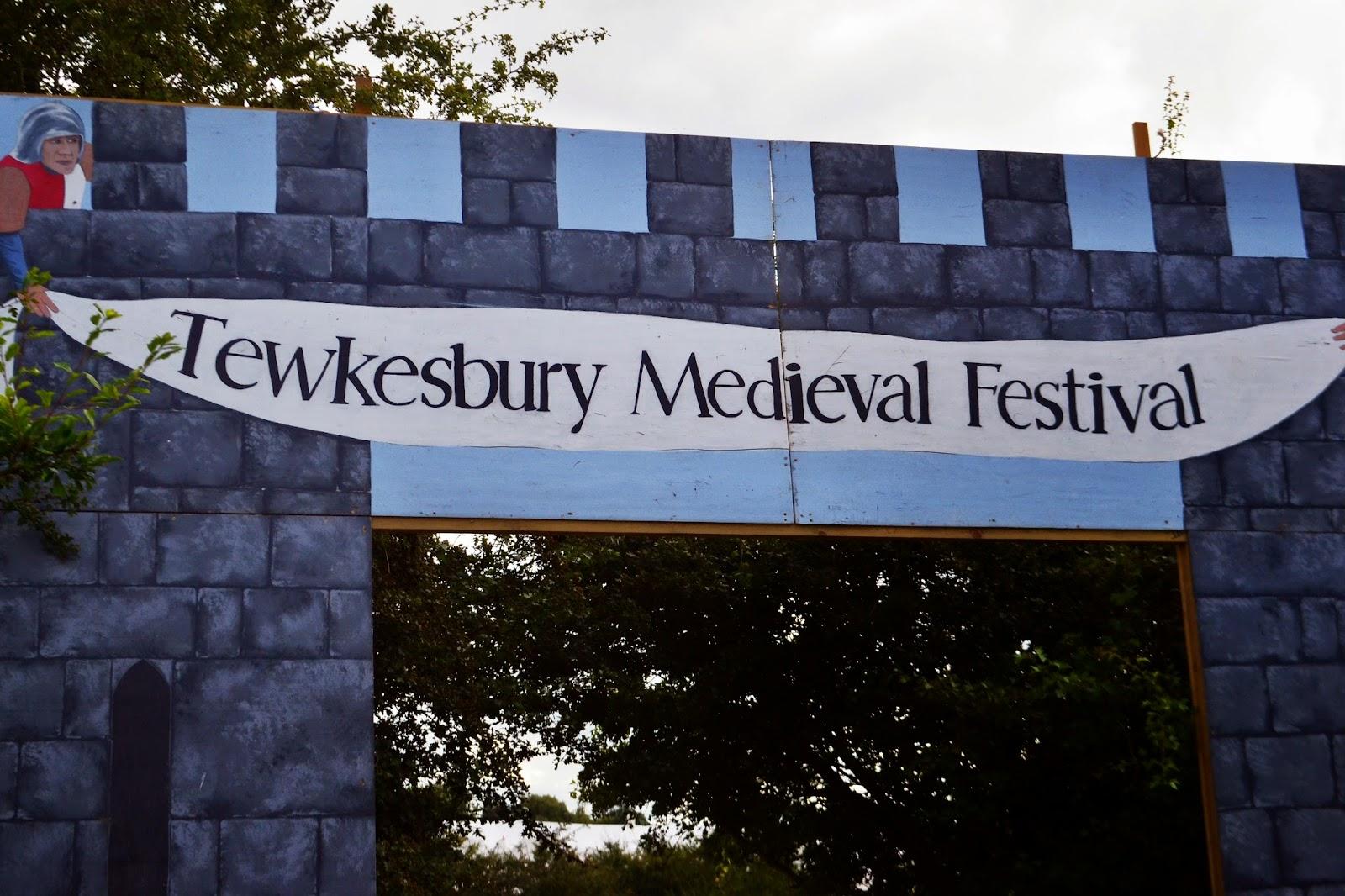 TEWKESBURY MEDIEVAL FESTIVAL ENTRANCE