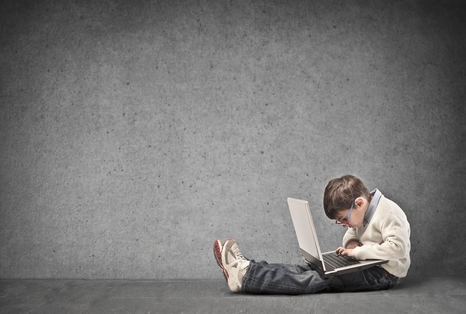 Po czym poznać że dziecko uzależnione jest od komputera?