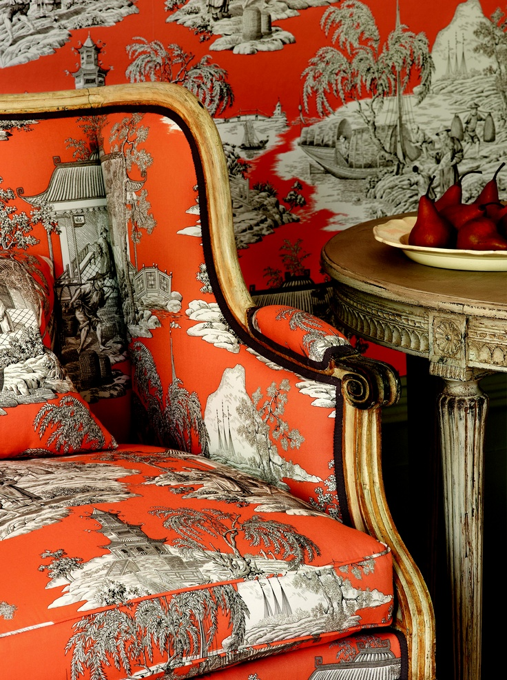 Chinoiserie Chic Scale Using Large Pattern Chinoiserie
