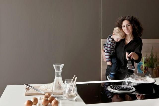 extractor integrado en la cocina una alternativa a la campana tradicional cocinas con estilo. Black Bedroom Furniture Sets. Home Design Ideas