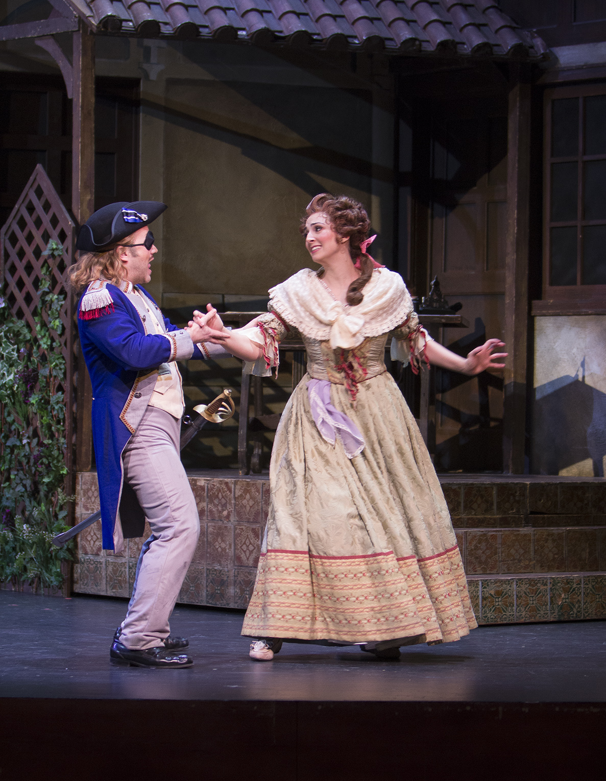 IN PERFORMANCE: tenor ANDREW OWENS as Conte Almaviva (left) and mezzo-soprano CECELIA HALL as Rosina (right) in Greensboro Opera's production of Gioachino Rossini's IL BARBIERE DI SIVIGLIA, January 2018 [Photo by Star Path Images, © by Greensboro Opera]