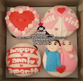 Anniversary Cupcake Murah Fondant