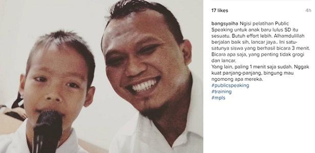 Berbicara di Depan Orang Banyak itu Tidak Mudah, public speaking, pelatihan public speaking, Bang Syaiha
