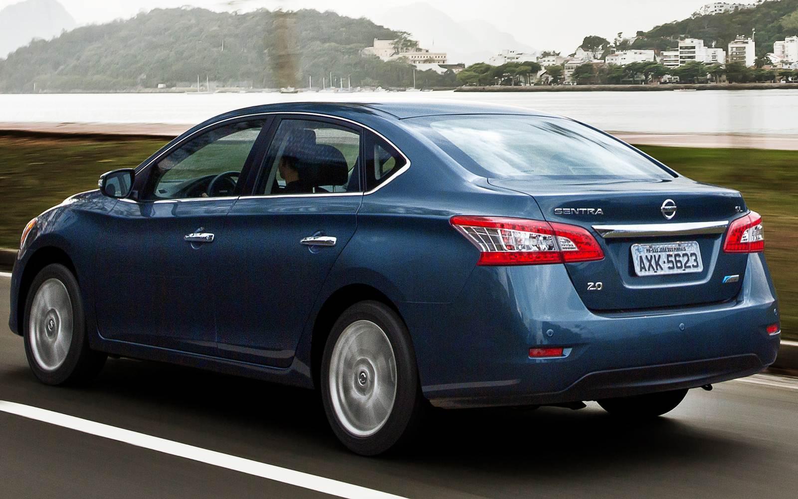 Nissan Sentra se destaca entre os sedãs médios em ...