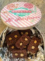 Barres chocolatées dans une boîte hermétique