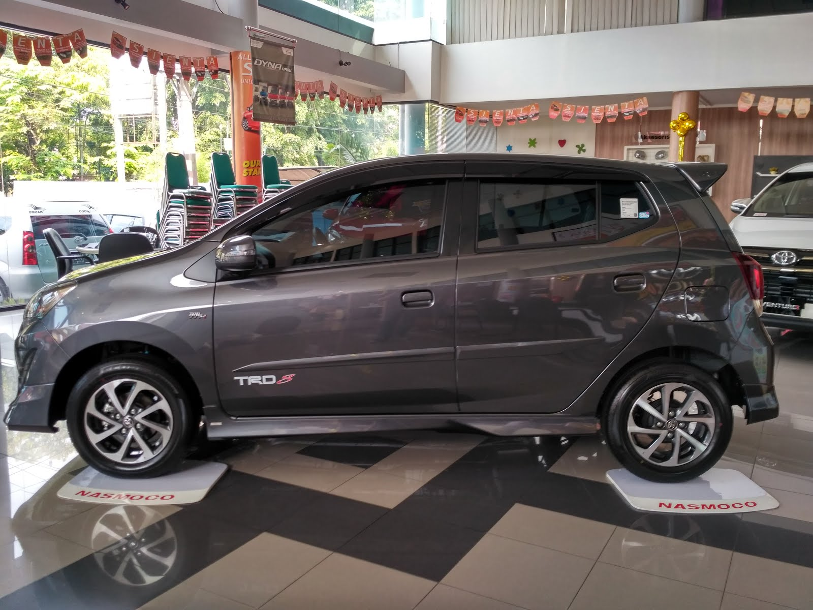 New Agya 1.2 G At Trd Perbedaan All Kijang Innova Dan V Toyota Solo Ready Stok 1 2 M T Dp 12jtan Saja Warna Grey