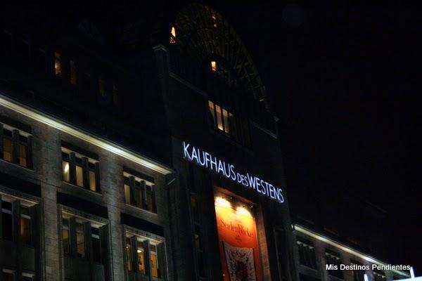 Fachada del KaDeWe (Berlín, Alemania)