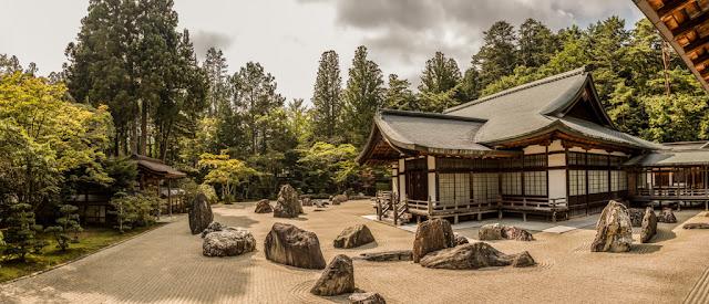 Templo Kongobuji :: Panorámica 7 x Canon EOS 5D MkIII   ISO100   Canon 24-105@24mm   f/5.0   1/320