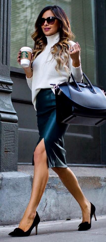 office style perfection: white top + bag + heels + skirt