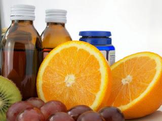 Daftar Obat dan Makanan yang Tidak Boleh Dikonsumsi Bersamaan