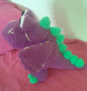 http://nnpalomo.blogspot.com.es/2013/02/divo-el-dragon.html
