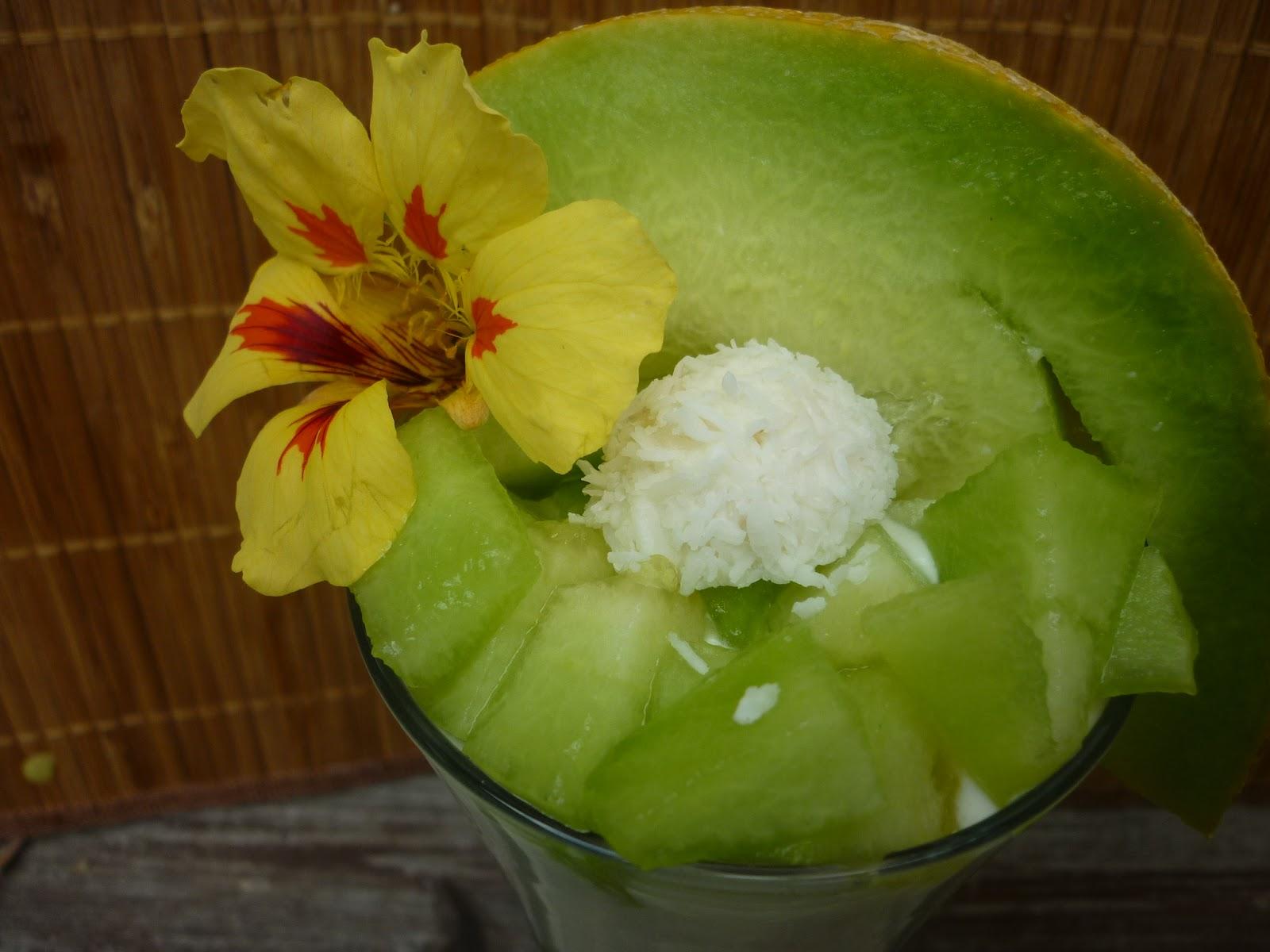 Estrellacanela: Raffaello-Joghurt-Mousse Mit Zuckermelone