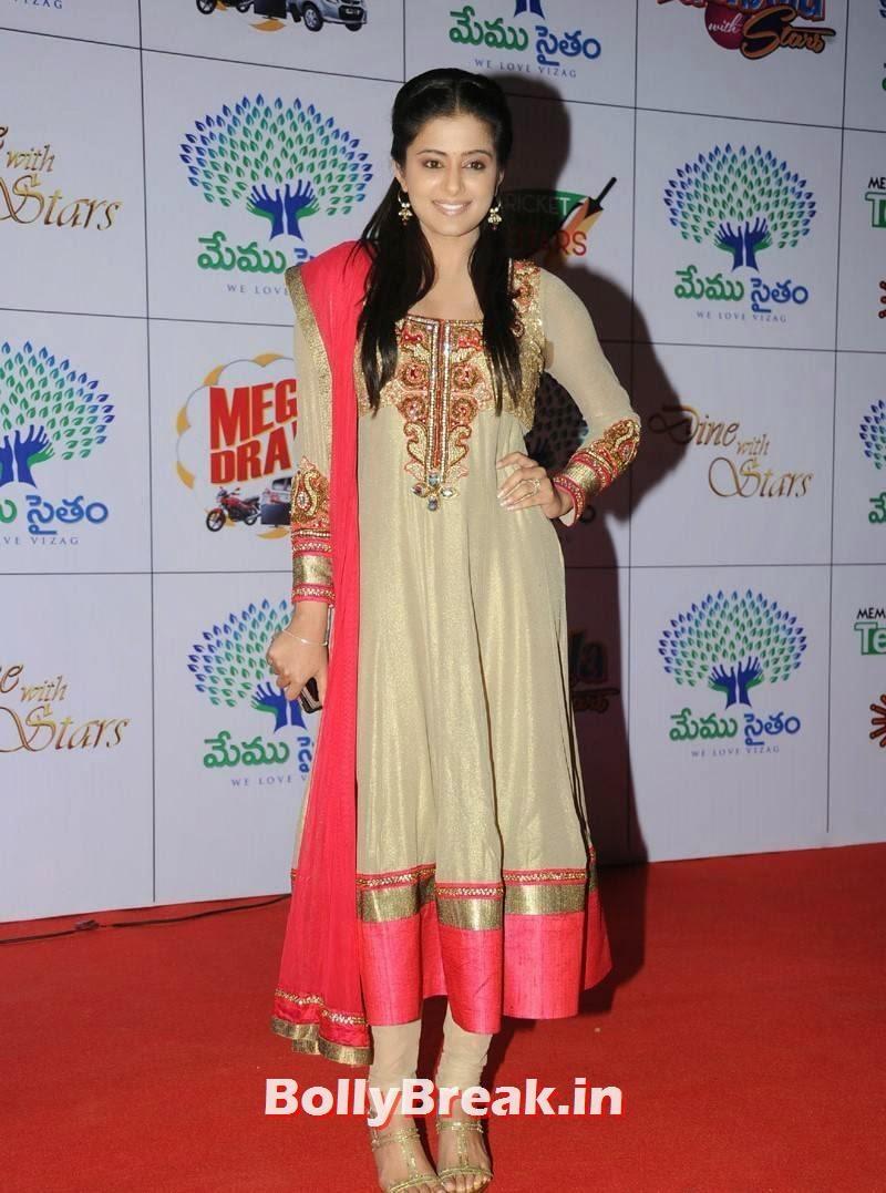 Priyamani images, Priyamani Photos in Punjabi Anarkali Suit