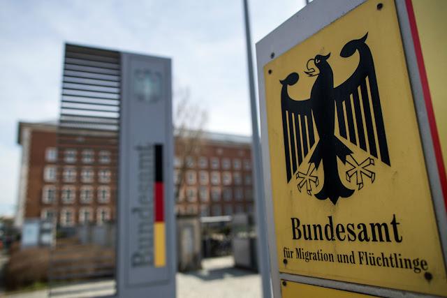 ولاية ألمانية تخسر أكثر من مليون يورو بسبب احتيال مئات اللاجئين