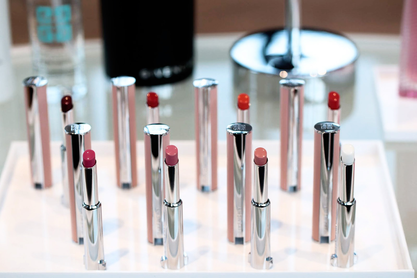givenchy le rose perfecto rouge à lèvres images swatches