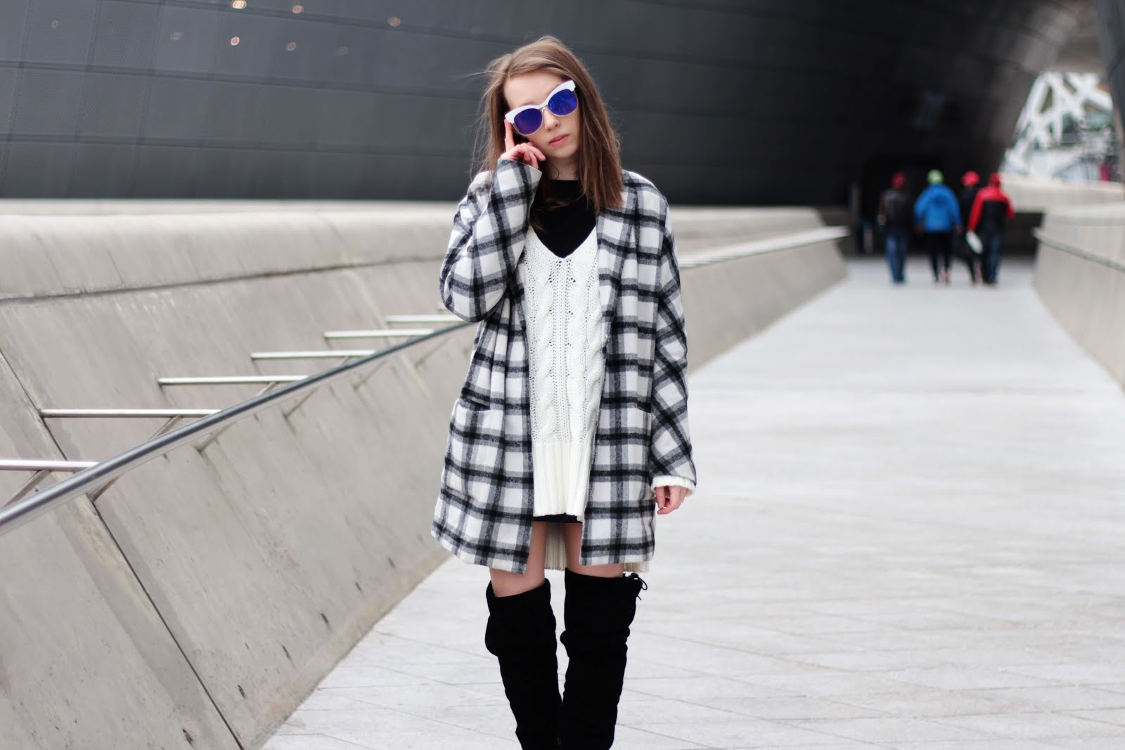 personal style fashion blogging flat otk boots how to wear