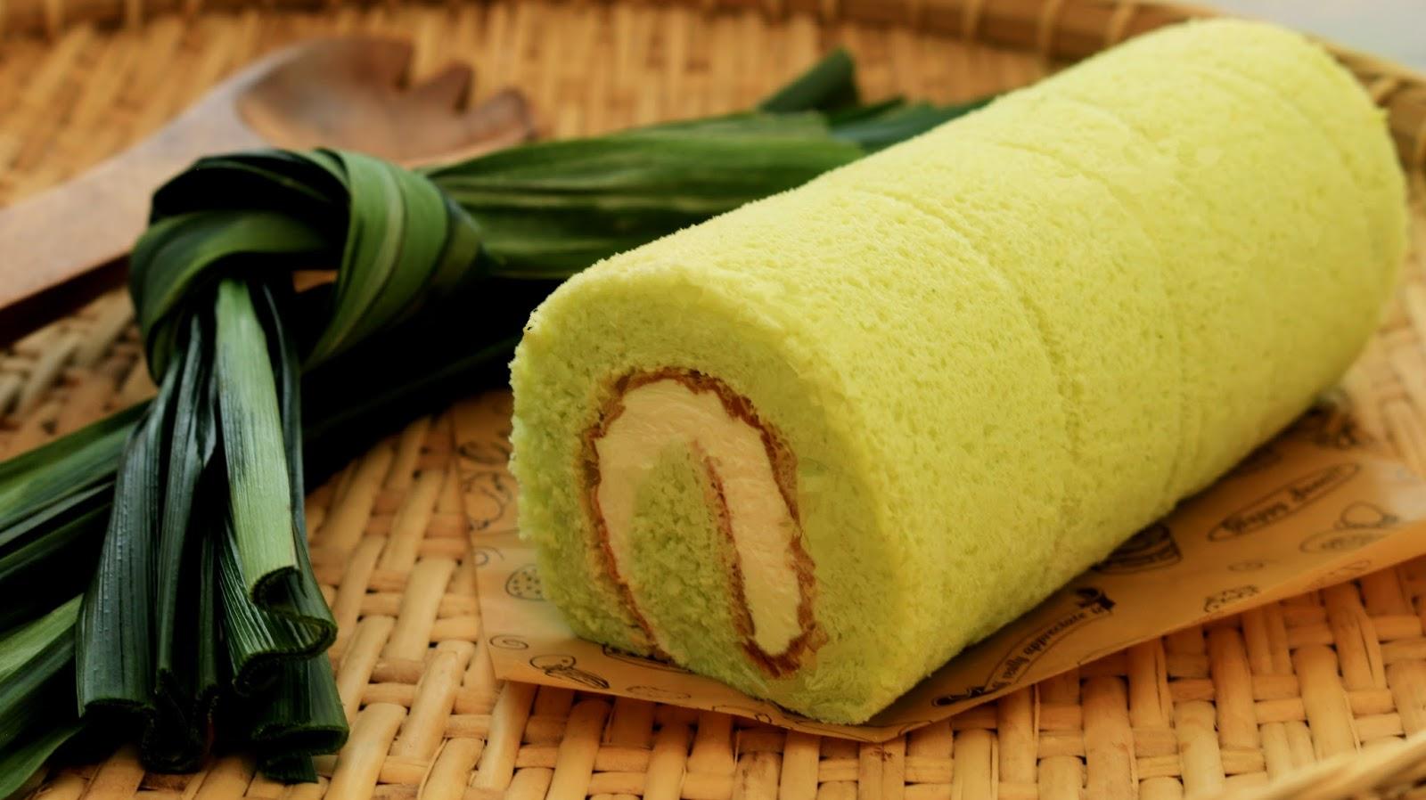 Josephine S Recipes How To Make Pandan Swiss Roll Cake 班兰瑞士蛋糕卷