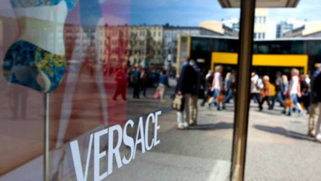 Por US$ 2,1 bilhões, Michael Kors fecha a compra da italiana Versace