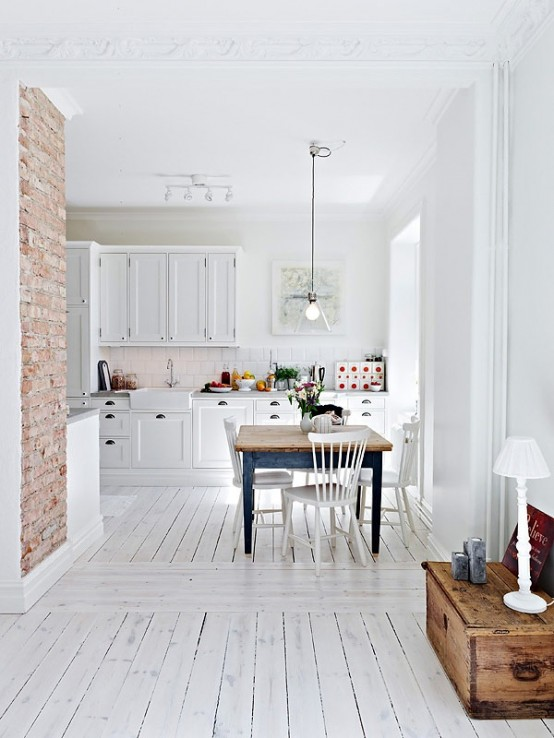Traditional Kitchen With Brick Walls 2013 Ideas ... on Traditional Kitchen Wall Decor  id=90312