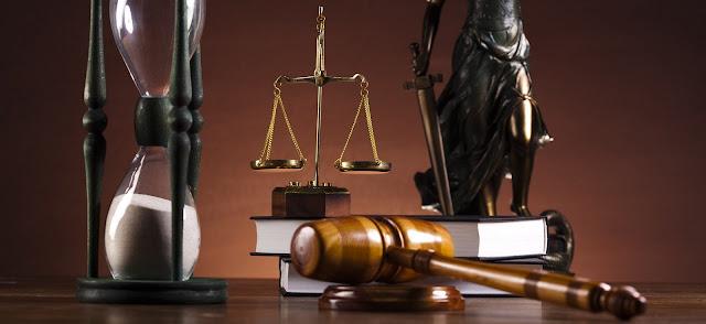Antinomias reales y despacho de abogados