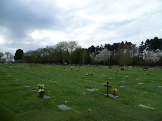 Trent Park Cemetery, Islington, London (from wikipedia)