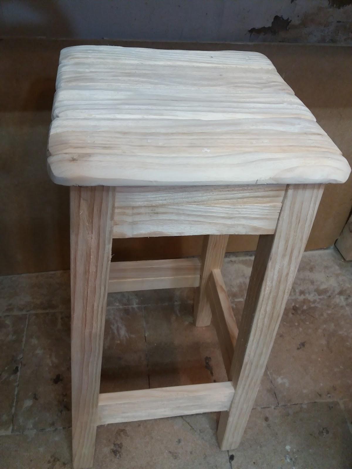 Artesan a r stica en madera - Taburetes de madera rusticos ...