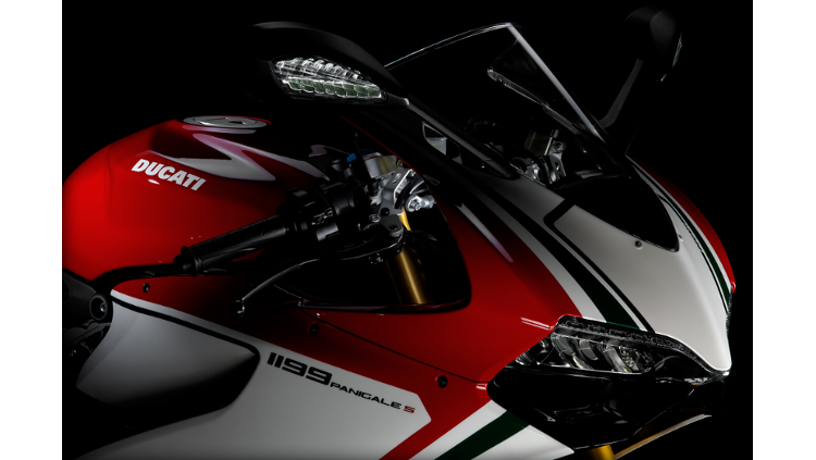 ducati superbike 1199 panigale s tricolore 2013 owner 39 s manual. Black Bedroom Furniture Sets. Home Design Ideas