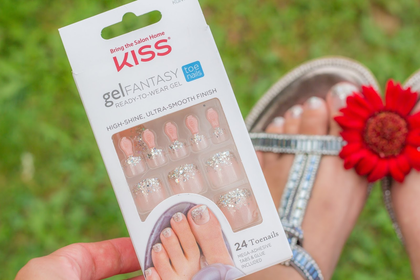 faux-ongles-pieds-kiss-concours